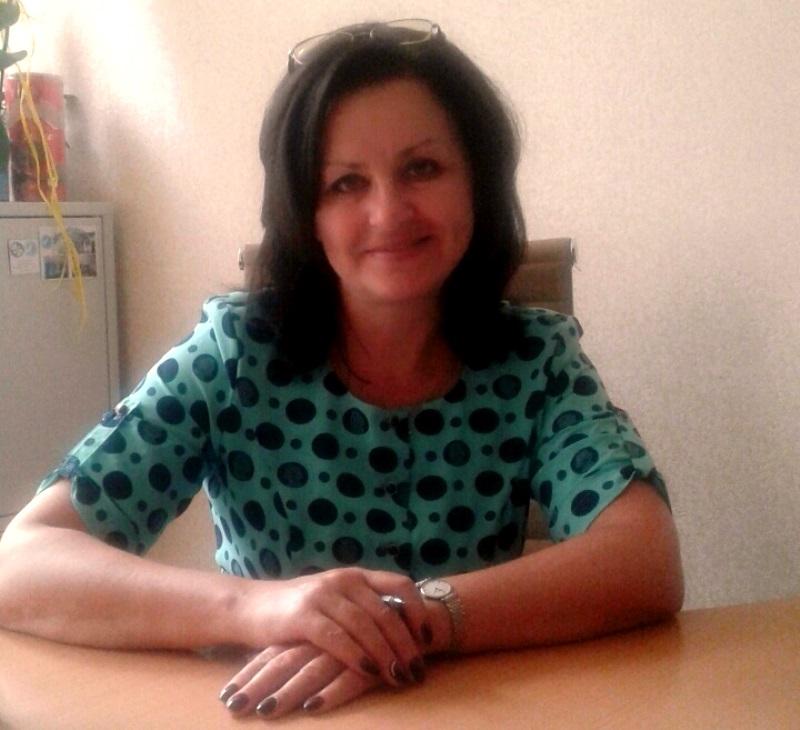 директор гимназии №4 Елена Шкулепа